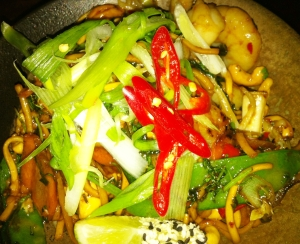 Tiger Prawn and cashew nut chilli noodles